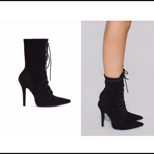 Fashion Nova Black Stiletto Bootie